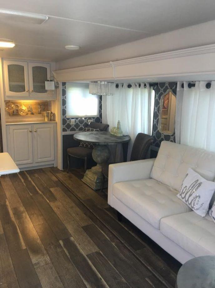 101 Camper Remodel Ideas | Camper remodeling, Rv and Remodeled campers