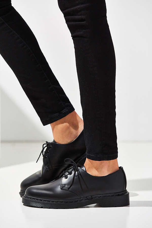 Dr. Martens 1461 Mono 3-Eye Oxford | Urban Outfitters