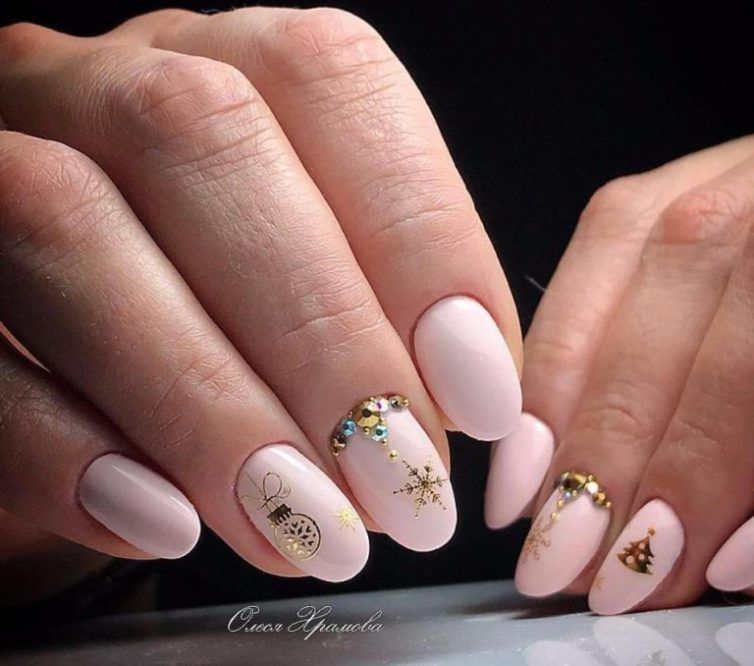 French Manicure Nail Art Designs Video | Splendid Wedding Company