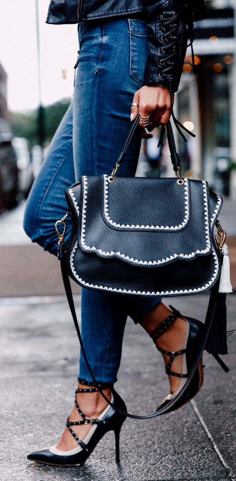 Love the bag! I like the shoes but prefer wedges over stilettos since I commute on the train to work.