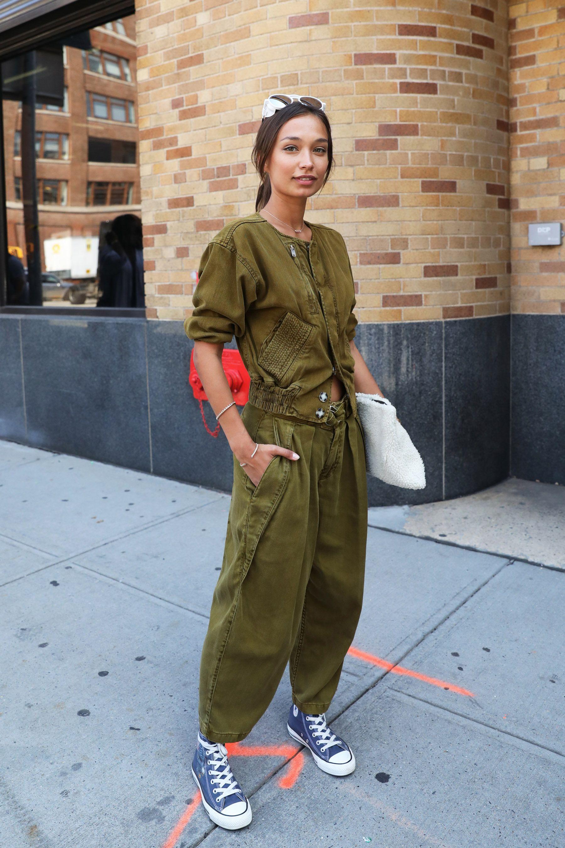 New York Fashion Week Street Style Spring 2018 Glamour Oh City Pinterest New York