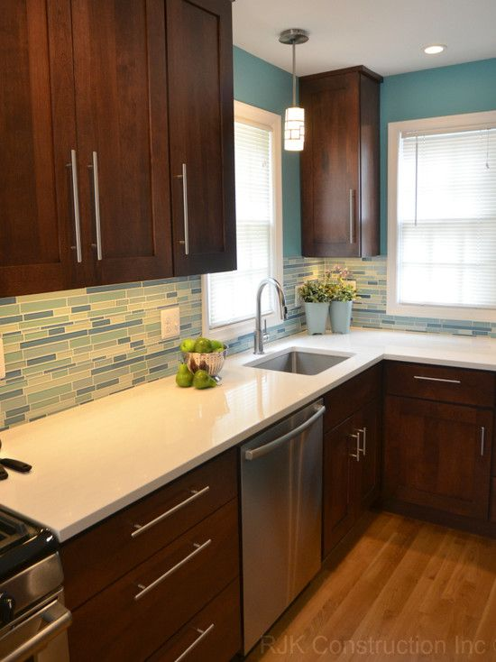 Download Wallpaper White Kitchen Cabinets With Brown Quartz Countertops