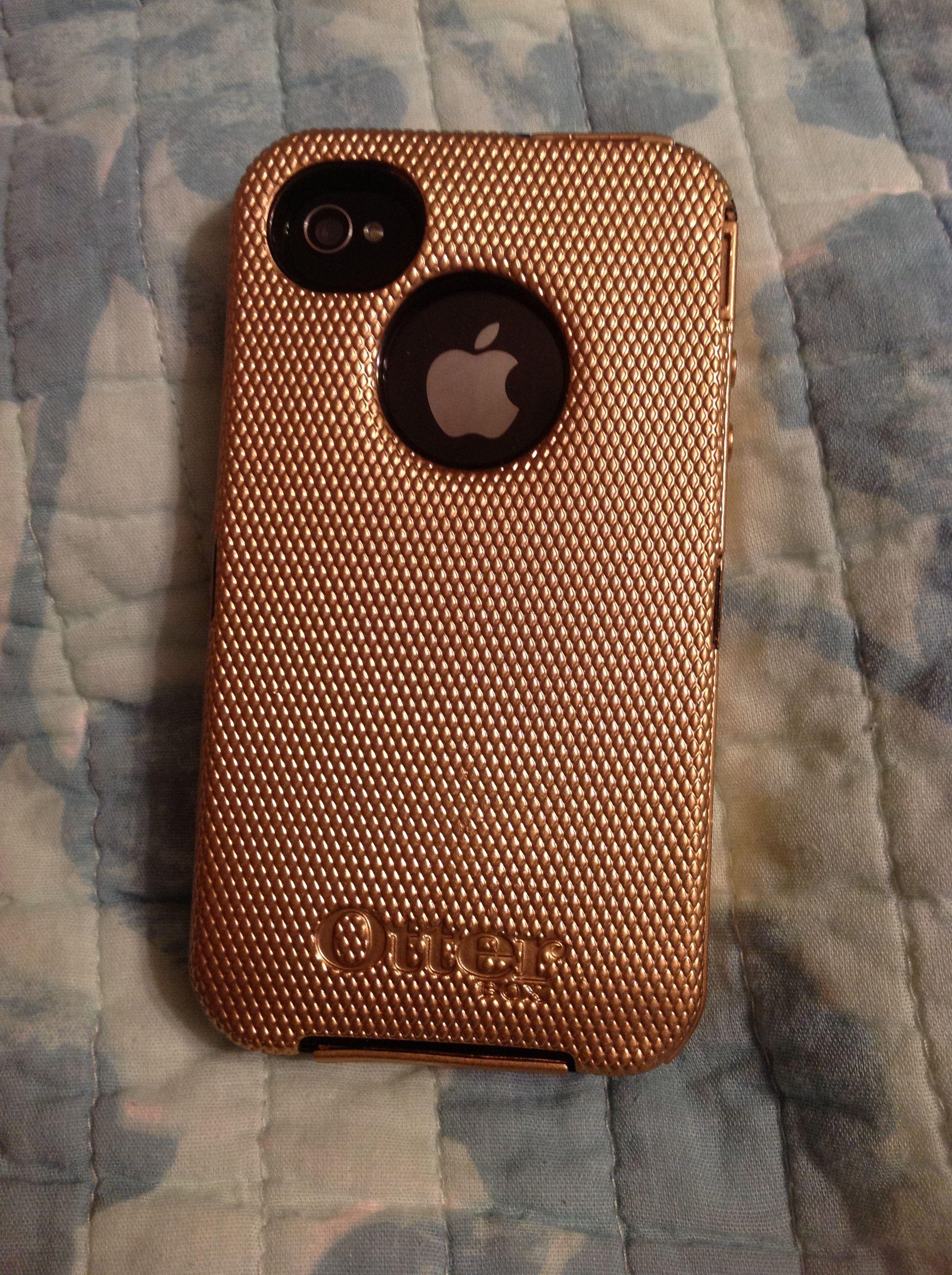 Black otter box defender case gold copper krylon fusion for Spray paint iphone case