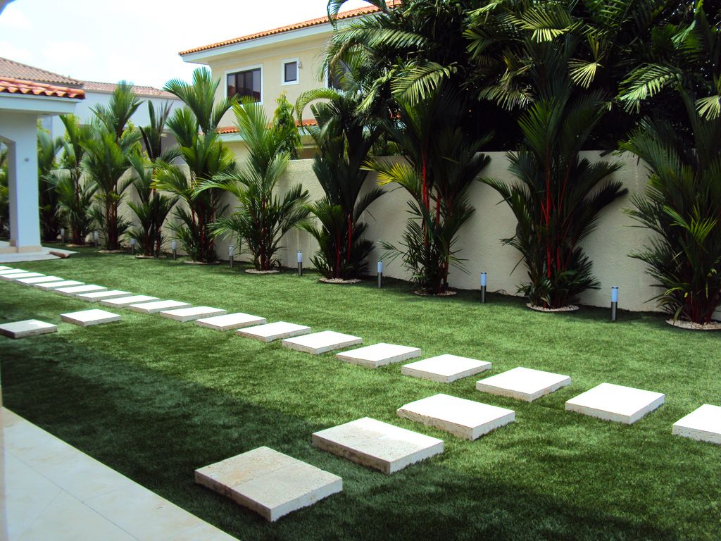 Jard n residencial costa del este ciudad de panam for Paisajismo jardines exteriores