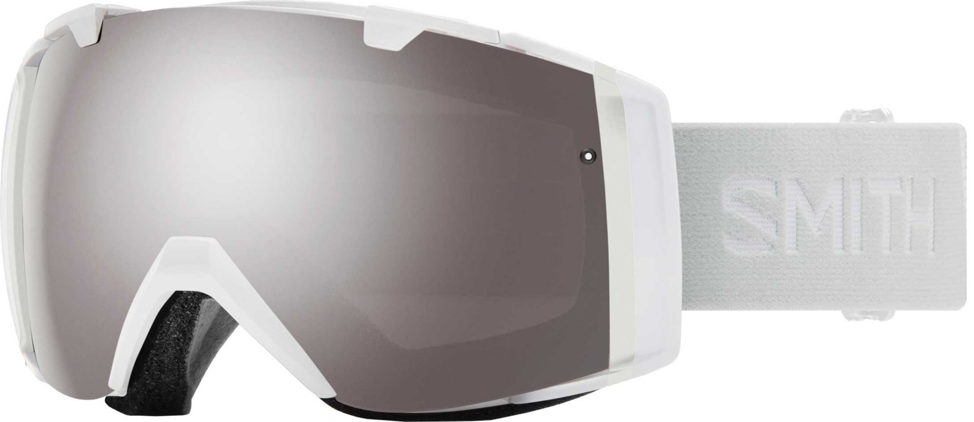 3523d518e0cd6 SMITH Adult I O ChromaPop Snow Goggles in 2019