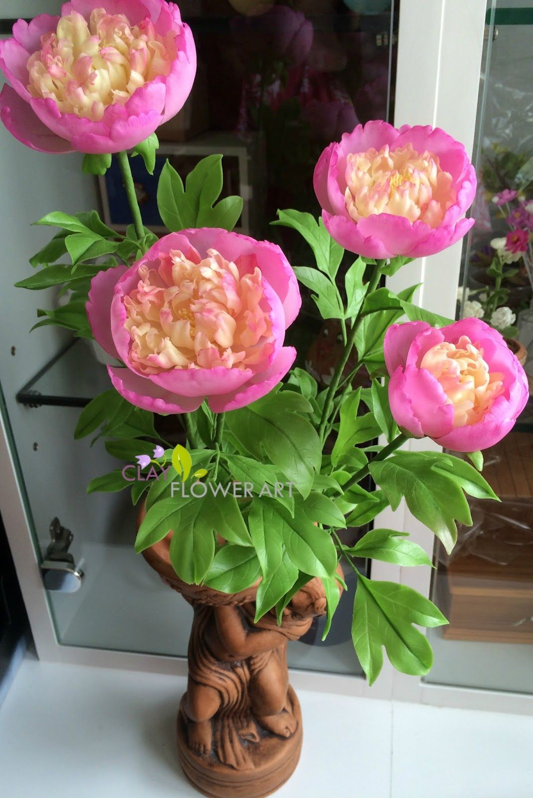 A blog about clay flower art, real-looking flowers made out of Thai Clay and Japanese Luna Clay by Priya Nanthakumar, who lives in Bangkok, Thailand.