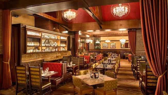 The Décor At Trattoria Al Forno Restaurant On Disney S Boardwalk Is Warm Elegant And Family Friendly Places I Have Been Pinterest Walt