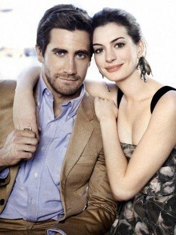 Anne Hathaway Jake Gyllenhaal With Images Jake Gyllenhaal