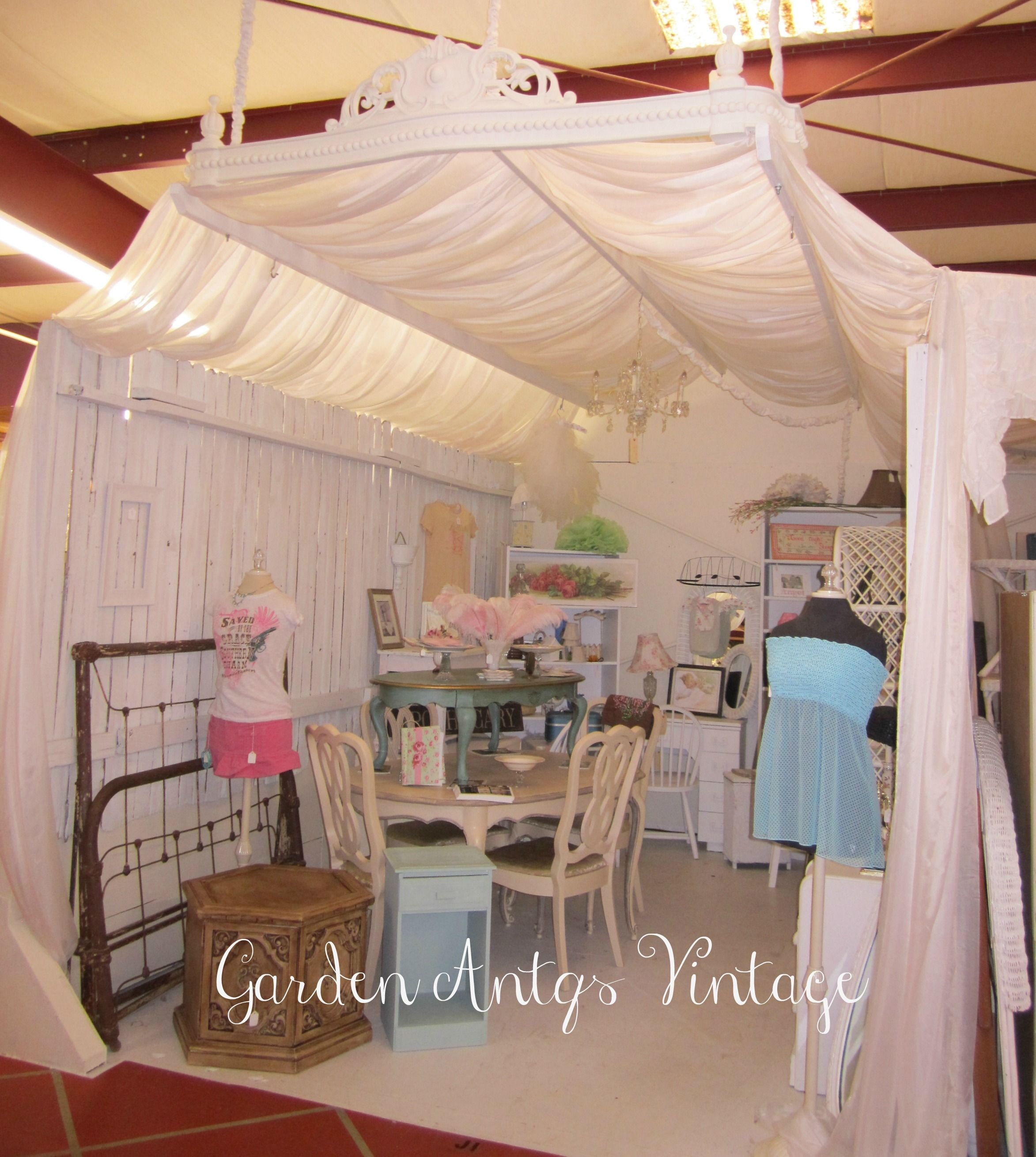 The Tent Curtain Is A Cool Way To Frame A Booth Michella Marie S