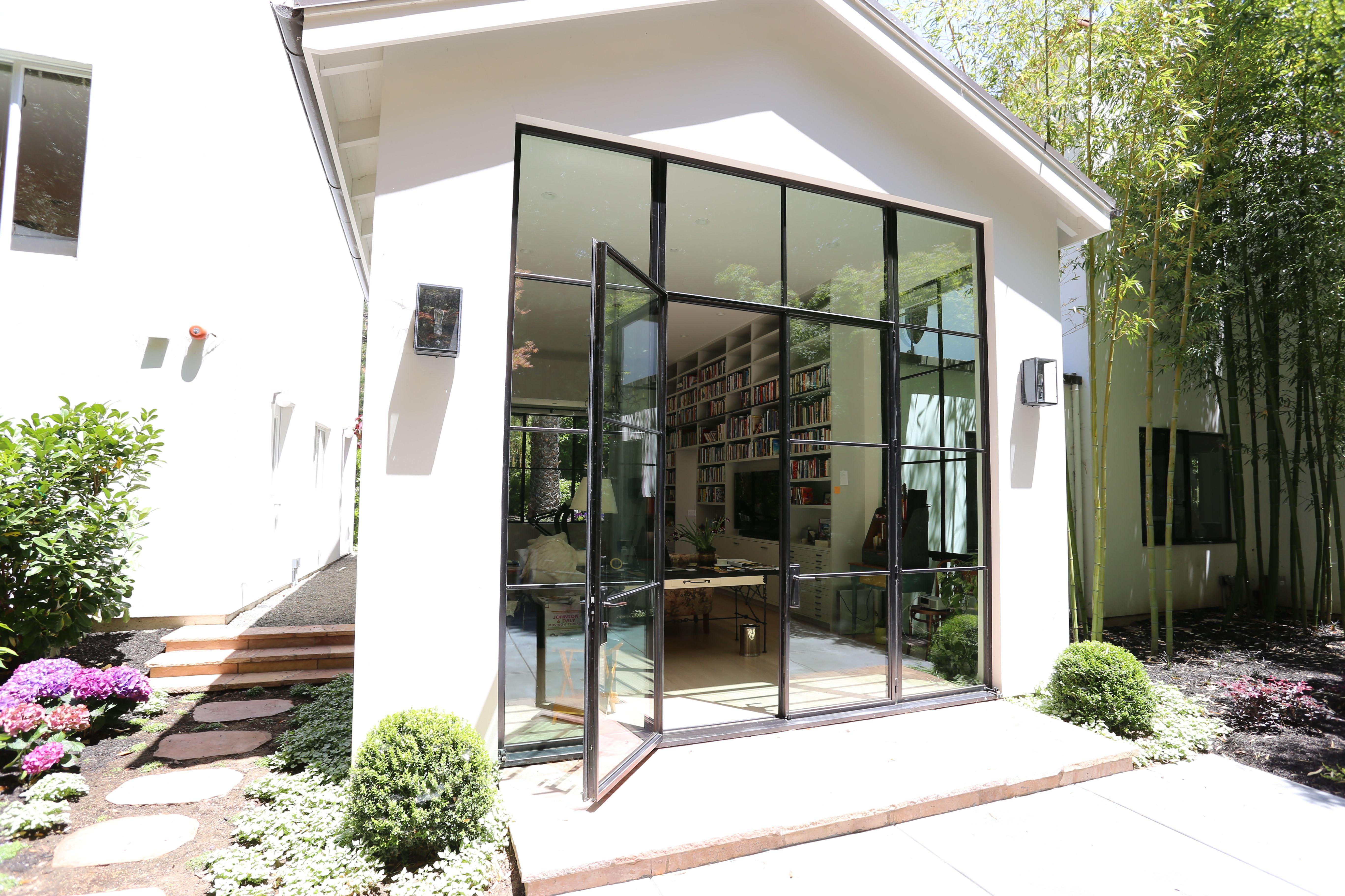 Jada Windows Thermally Broken Steel French Door Combo Jadasteelwindow Modern Patio Doors French Doors Windows And Doors