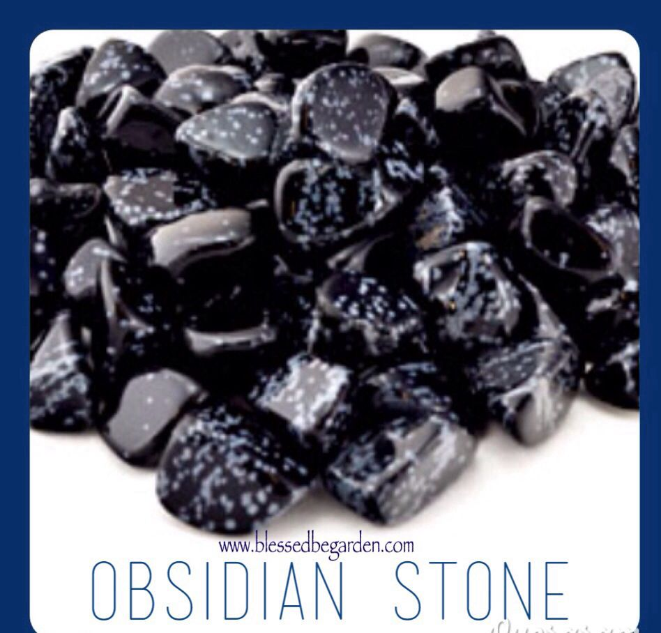 Stone of the day is Obsidian. This stone is associated with connecting with spirits and protection on all levels. Blessedbe