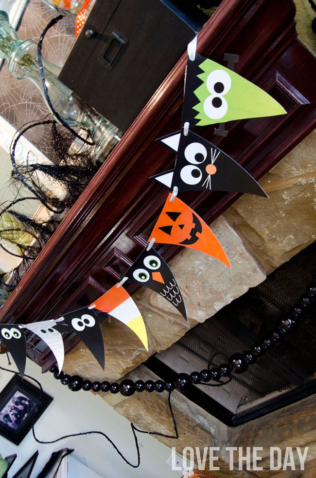The coolest printable Halloween party decor + invitations - free halloween printable decorations