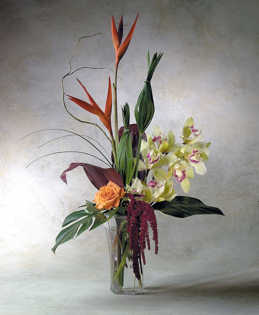 High Style Contemporary Flower Arrangement Contemporary Flower