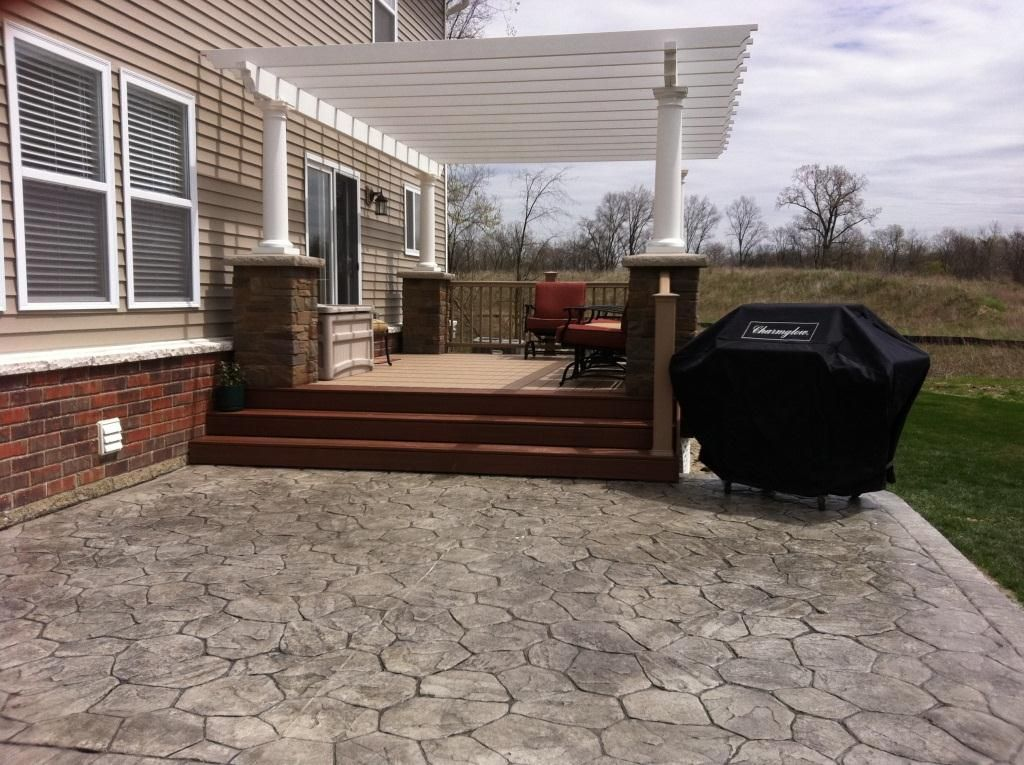 Fiberon Horizon Composite Deck Stamped Concrete Patio