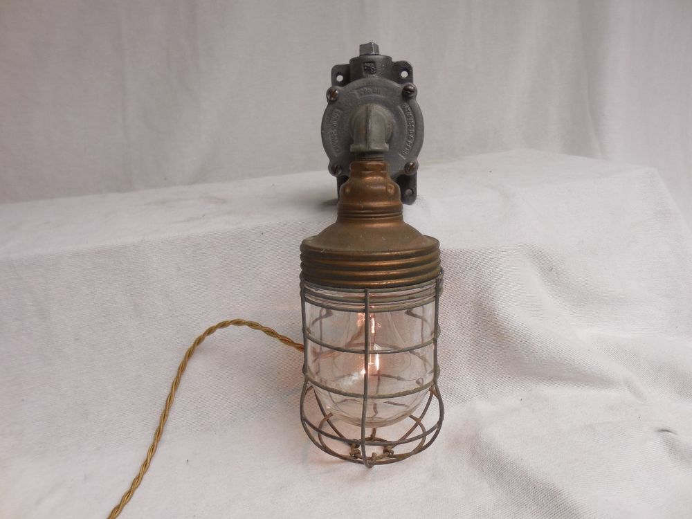 VINTAGE INDUSTRIAL Explosion Proof WALL LIGHT Benjamin Copper w/touch  STEAMPUNK