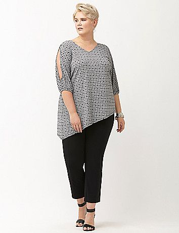 6c2ee139355498 SIMPLY CHIC PRINTED MATTE JERSEY COLD SHOULDER TOP . ITEM  223841 . Size  18 20 . Black .  49.95