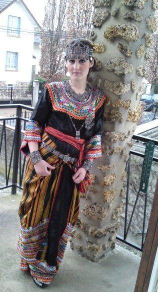 Robe KabyleAlgeria Robe kabyle moderne, Tenue kabyle