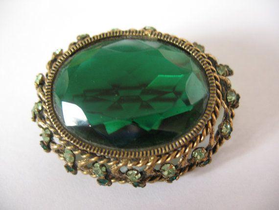Big moss green brooch