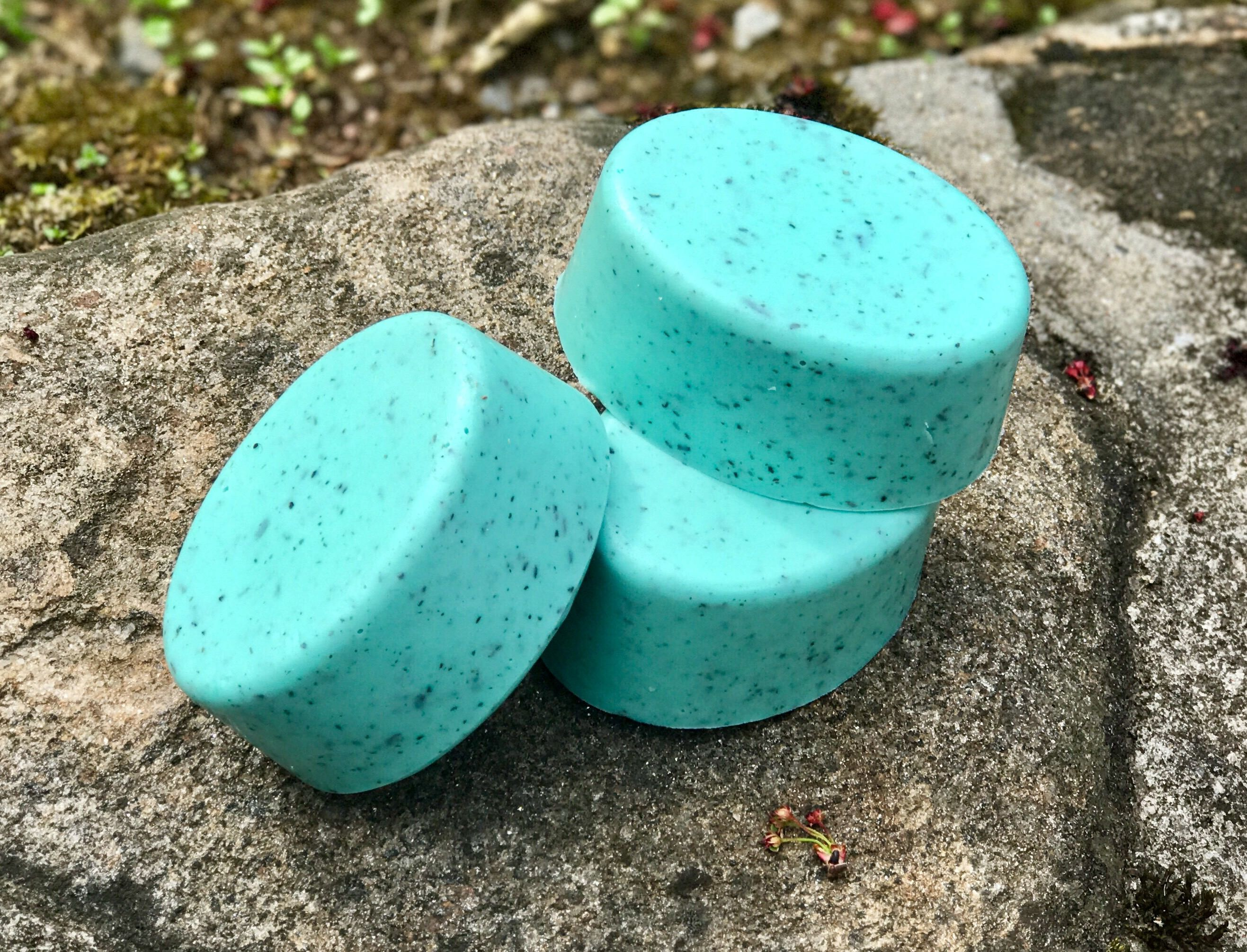 Seaweed Soap Handmade Vegan with Shea Butter by SunnyBungalow on Etsy https://www.etsy.com/listing/525370479/seaweed-soap-handmade-vegan-with-shea