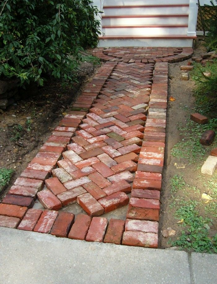 briques allée jardin