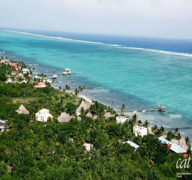 Looking for that postcard-like image? Look no further and head to the picturesque and beautiful beaches of #Belize! #Travel #CentralAmerica