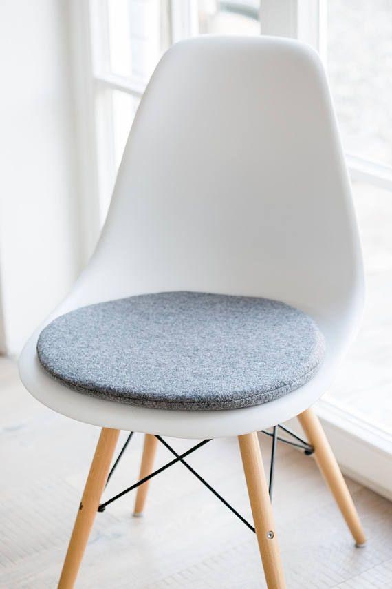 Charmant Stuhlkissen In Hellgrau Passend Für Eames Chair Limitiert