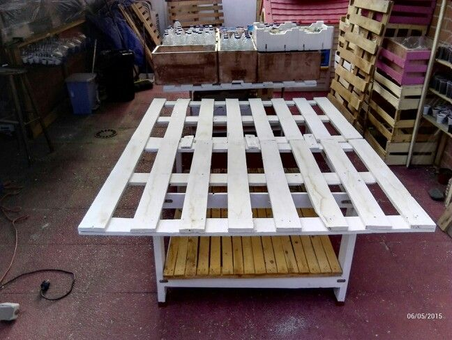 Mesas de  cultivo hechos con pales