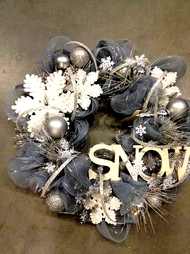 Im Thinking Of Using The Left Over Tulle From The Wedding A Great Wreath For After Christmas In 2020 White Christmas Wreath Christmas Wreaths Diy Christmas Wreaths