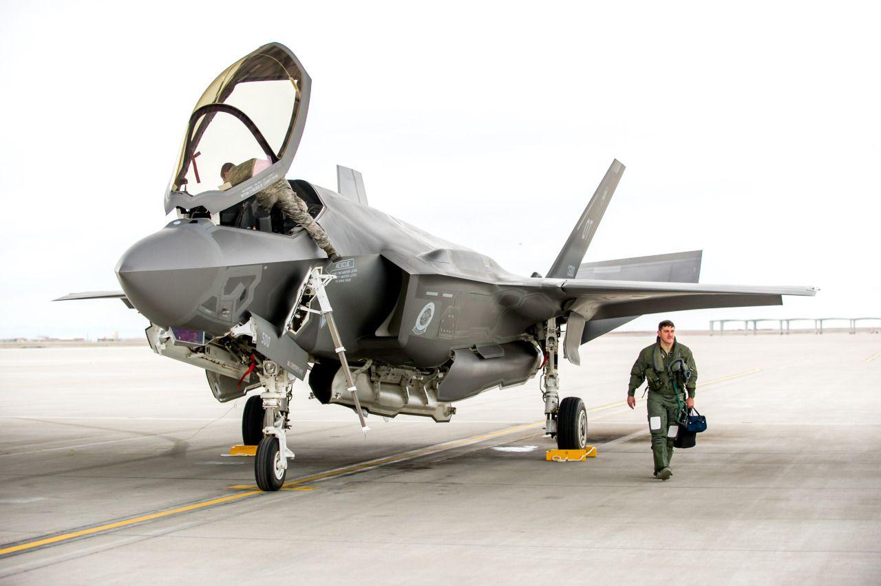 tumblr_o5hs3cc63B1sxm4gzo5_1280.jpg (1280×852) 戦闘機, 航空機