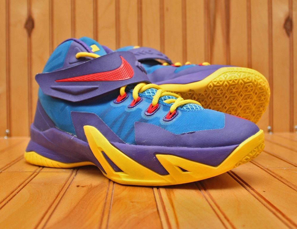 a8ad578c88669 Nike Lebron Soldier 8 VIII Size 6Y -Superman Blue Yellow Red Purple-  653645-400  Nike  BasketballShoes