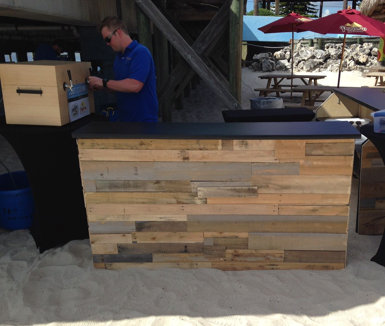 Reclaimed Wood Bar - mobile bar rentals for weddings and special events in  Tampa Bay. - Reclaimed Wood Bar - Mobile Bar Rentals For Weddings And Special
