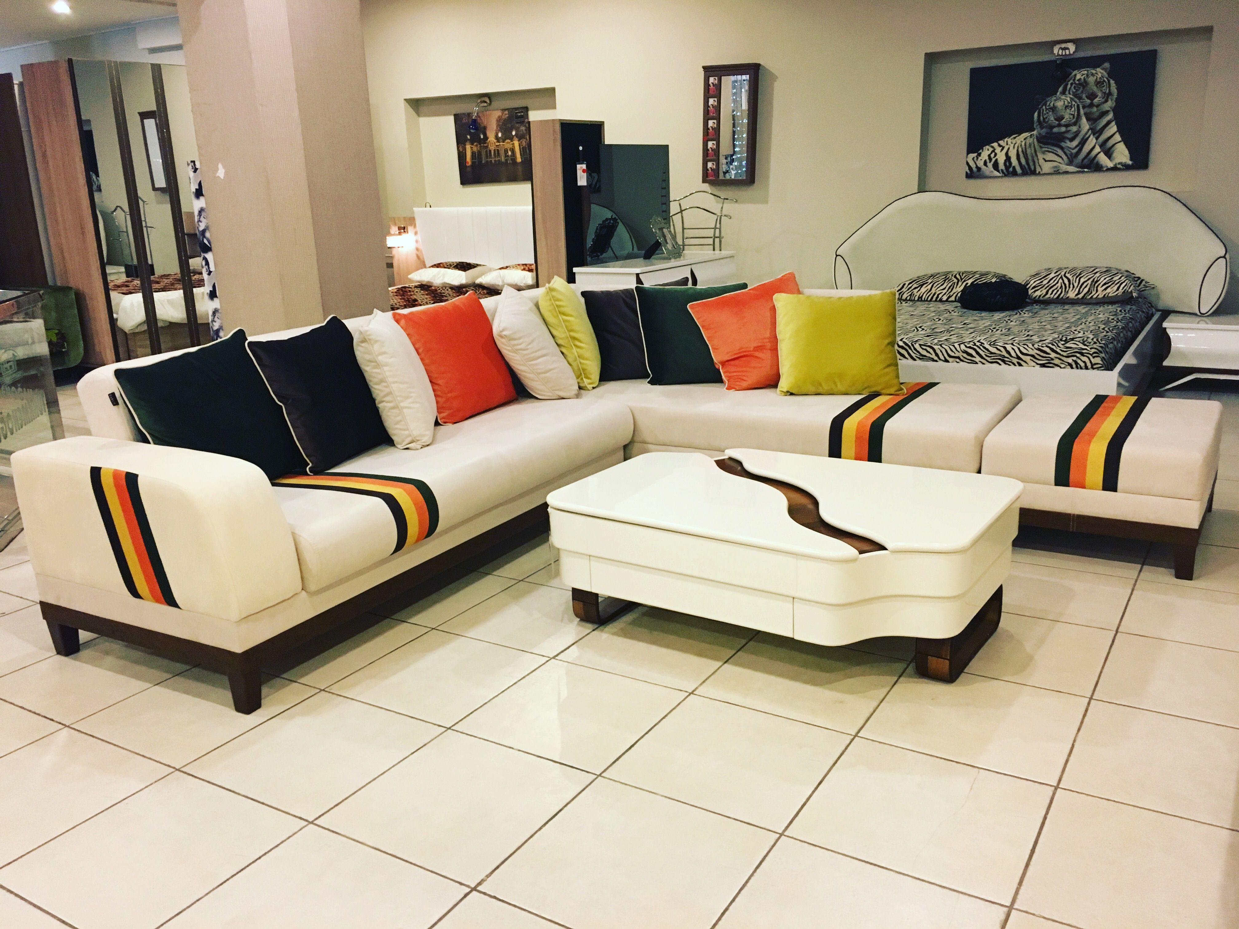 Pin De Lafdil Em Turkmenoglu Koltuk Takimlari Sofa And Living Room Sets Decoracao De Casa Sofa Tufado Sofa