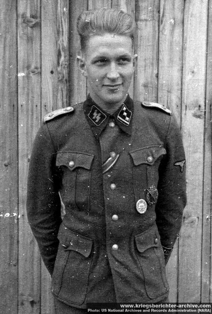Pin By Helmut List On 1 Pinterest Wwii World War Ii And German