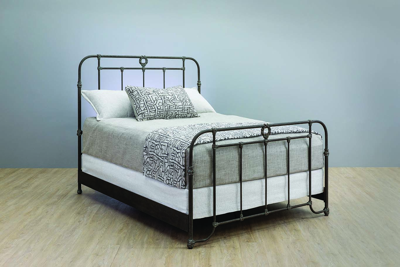 Wesley Allen Wellington Iron Bed with Metal Profile Bed