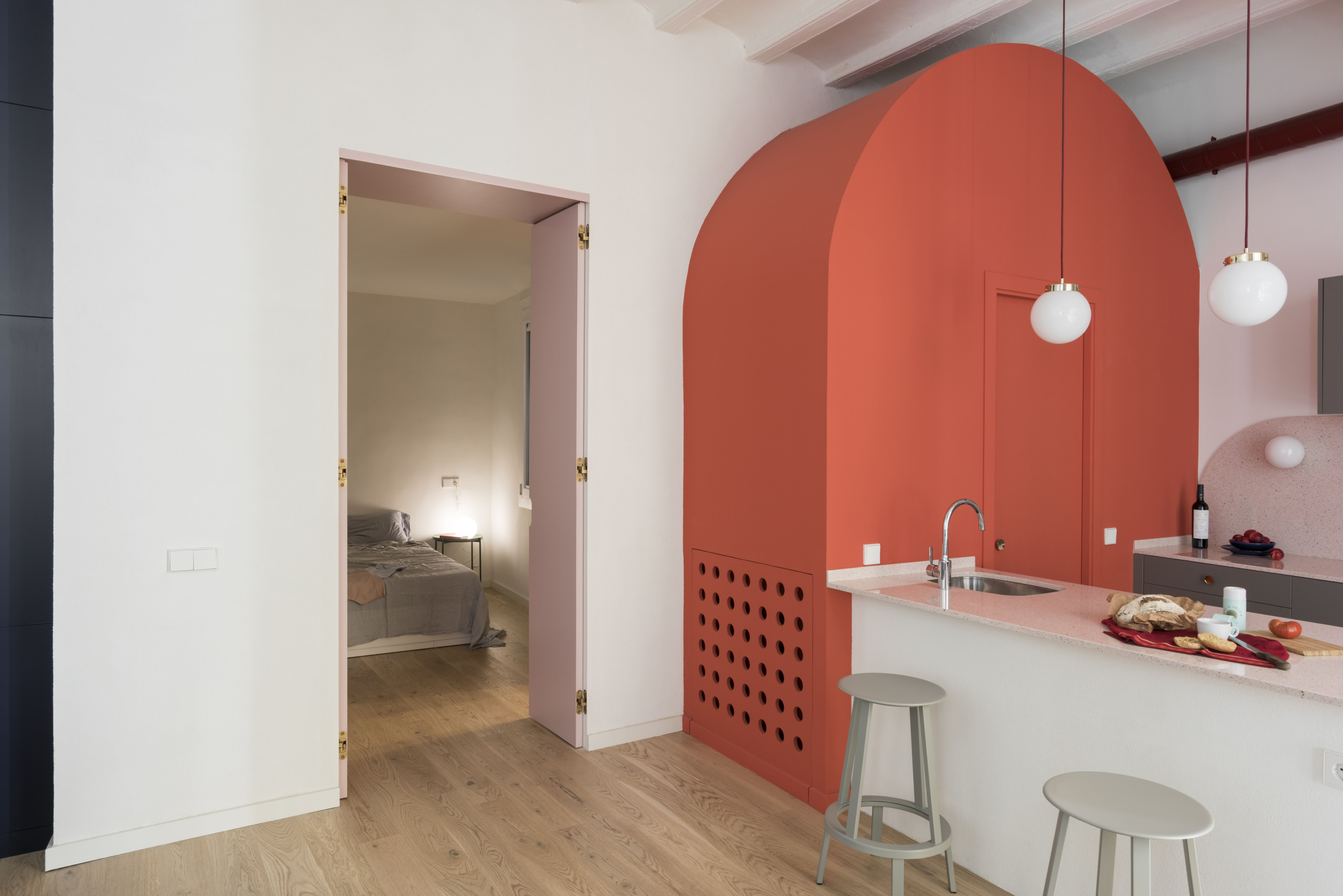 Pastel Interieur Barcelona : Photo of in before after an ancient barcelona apartment