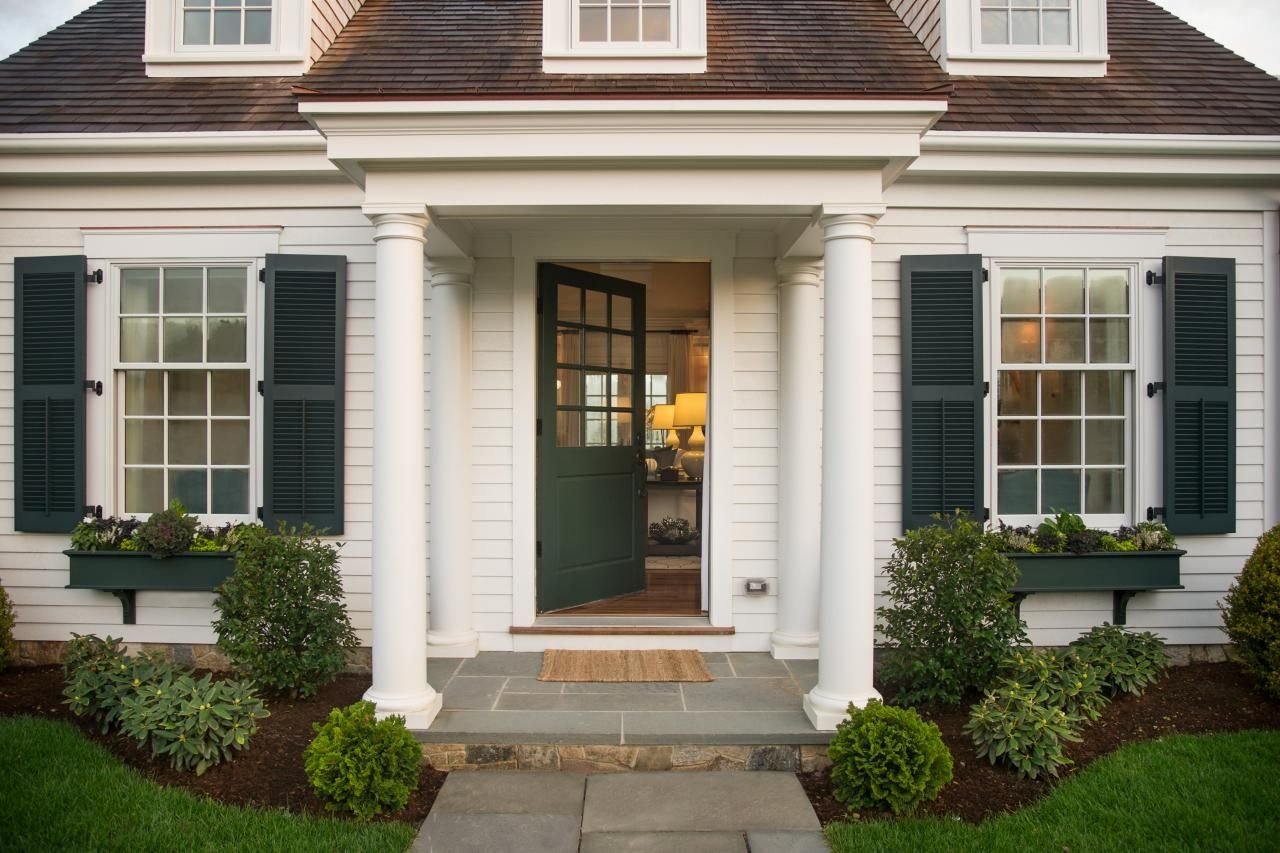Traditional Cape Cod Front Door Cape Cod House Exterior Hgtv Dream Home House Exterior