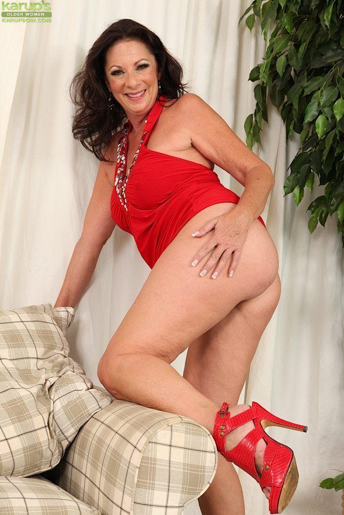 Sexy pregnant pornstars
