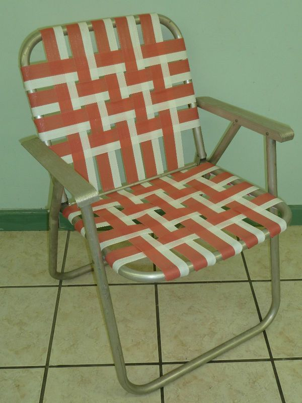 Delightful The Lawn Chair That Promises To Pinch You!