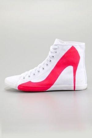 Trompe l'oeil sneakers by Mercedes Dillet