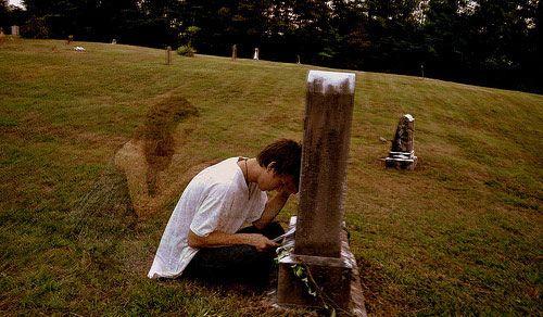 emo ghost | sad-boy-crying-tomb-girl-ghost | Random Life