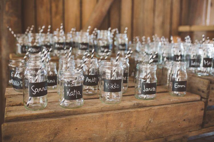 An easy and inexpensive way to customize your wedding. Minttu Saarni Photography (www.minttusaarni.com)