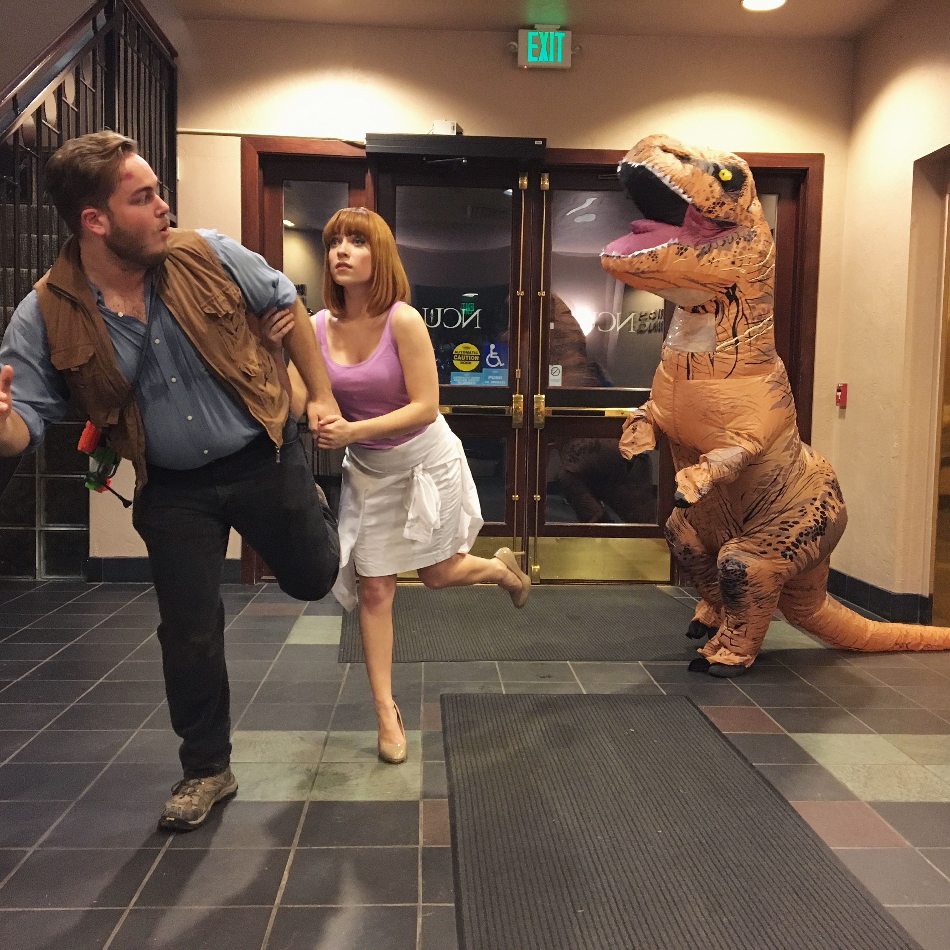 Jurassic World Couple Cosplay Halloween 2016 Chloe Combs