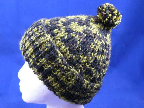 Adults Ribbed Bobble Hat  4905b6ab8a6