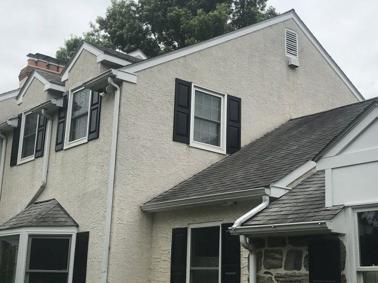 Protect Your Home From Leakage Through Your Stucco With Our Stucco Remediation Services Learn More On Our Website Stucco Homes Siding Options Exterior Remodel