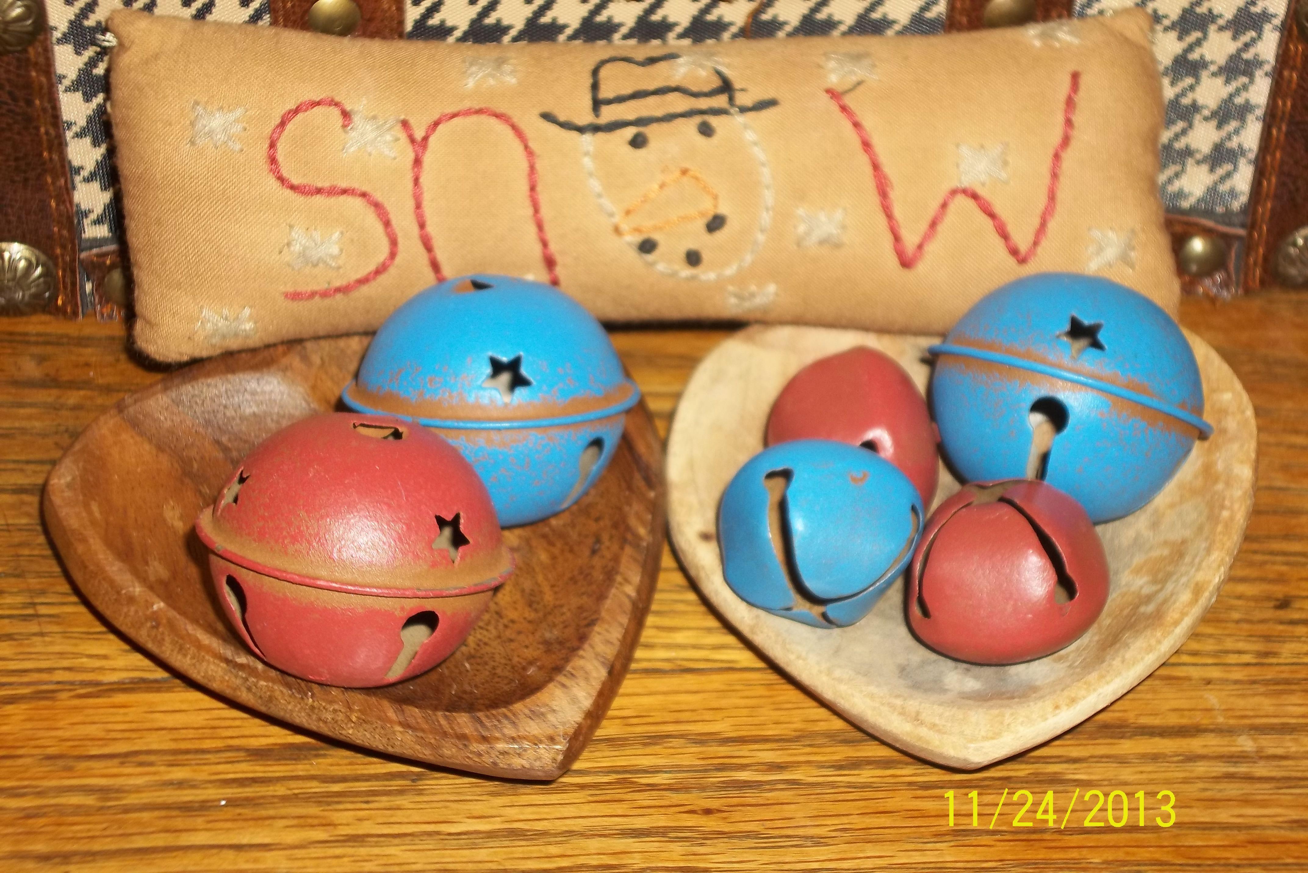 Jingle Bells In A Wooden Heart