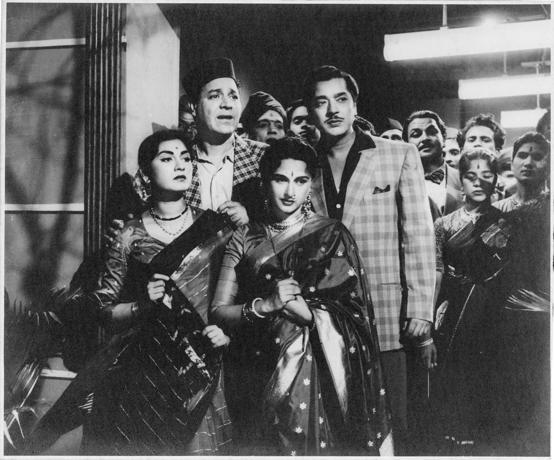 Minoo Mumtaz, Agha, Bina Rai and Pradeep Kumar.   Vintage bollywood, Bollywood actress, Bollywood stars