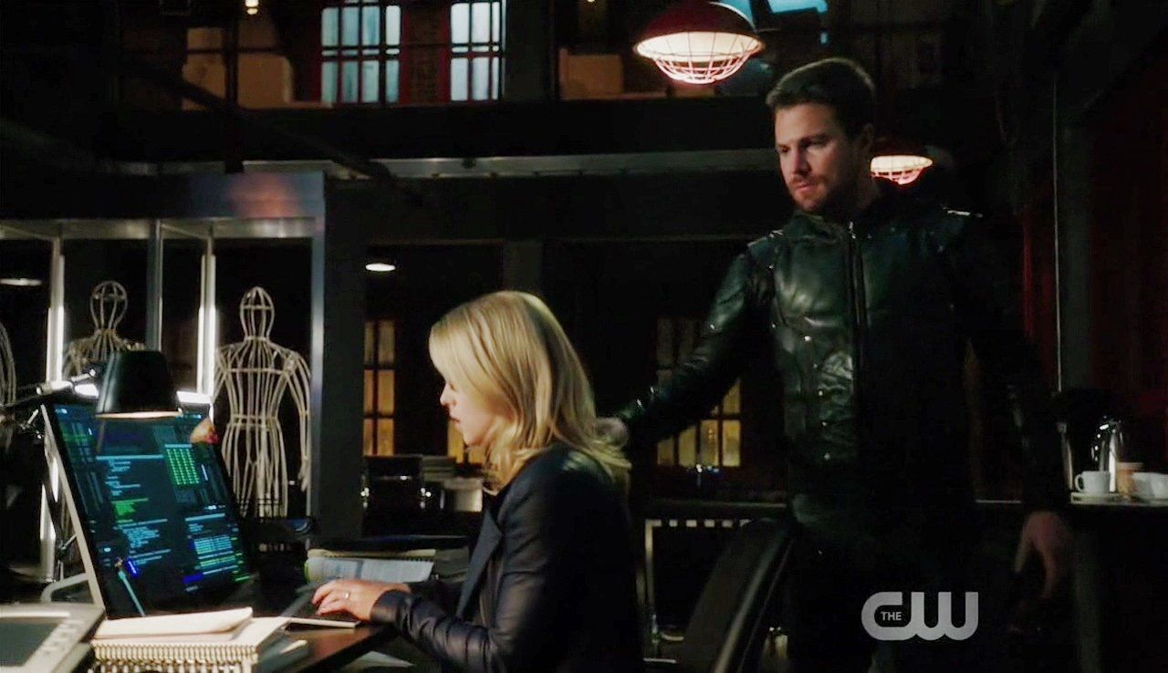 The small fan - Oliver Queen and Dinah Laurel Lance Icon