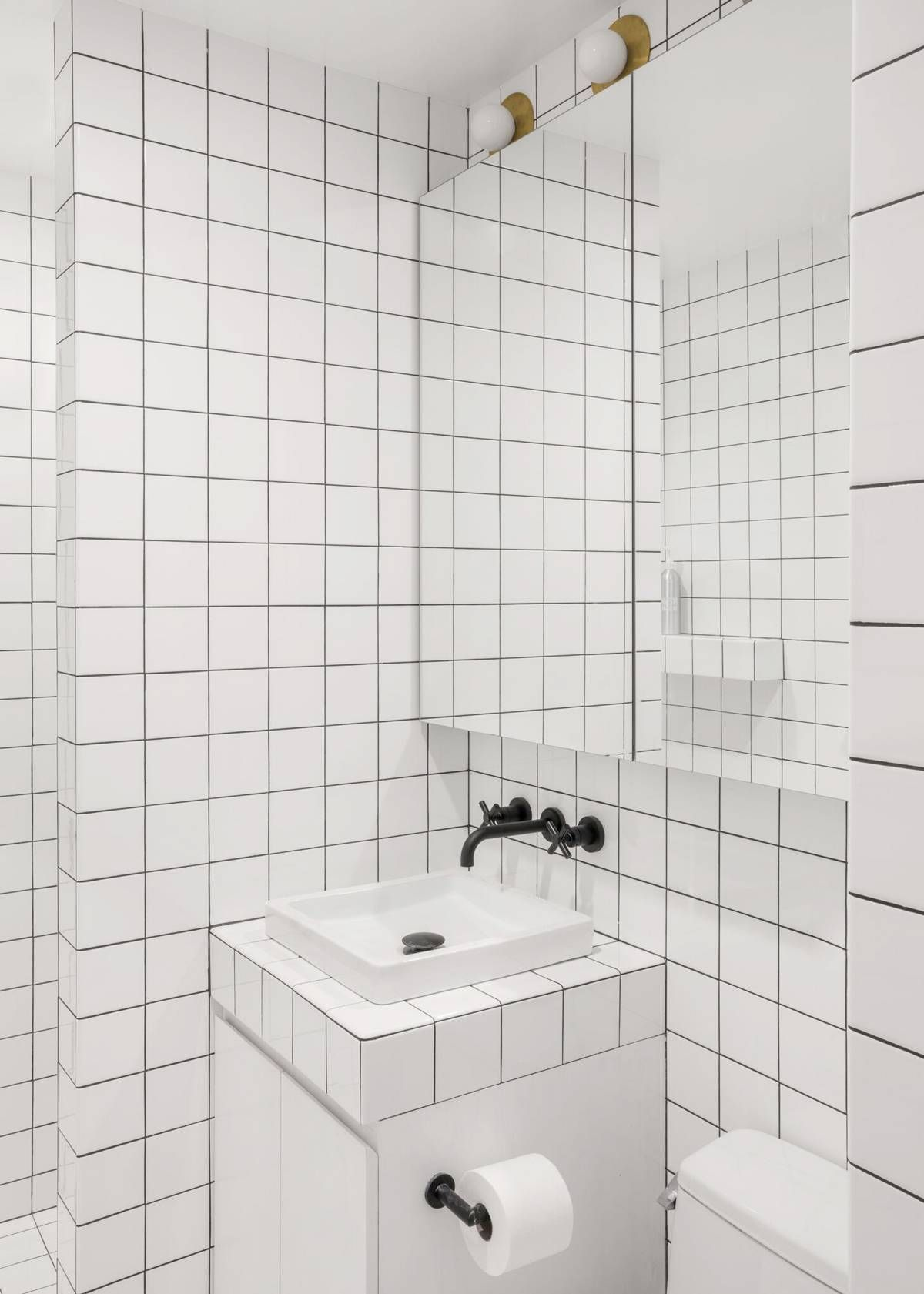 Designers Never Do This With A Small Shower Try These Ideas Instead Bathroom Red White Bathroom Tiles Graphic Tile Bathroom