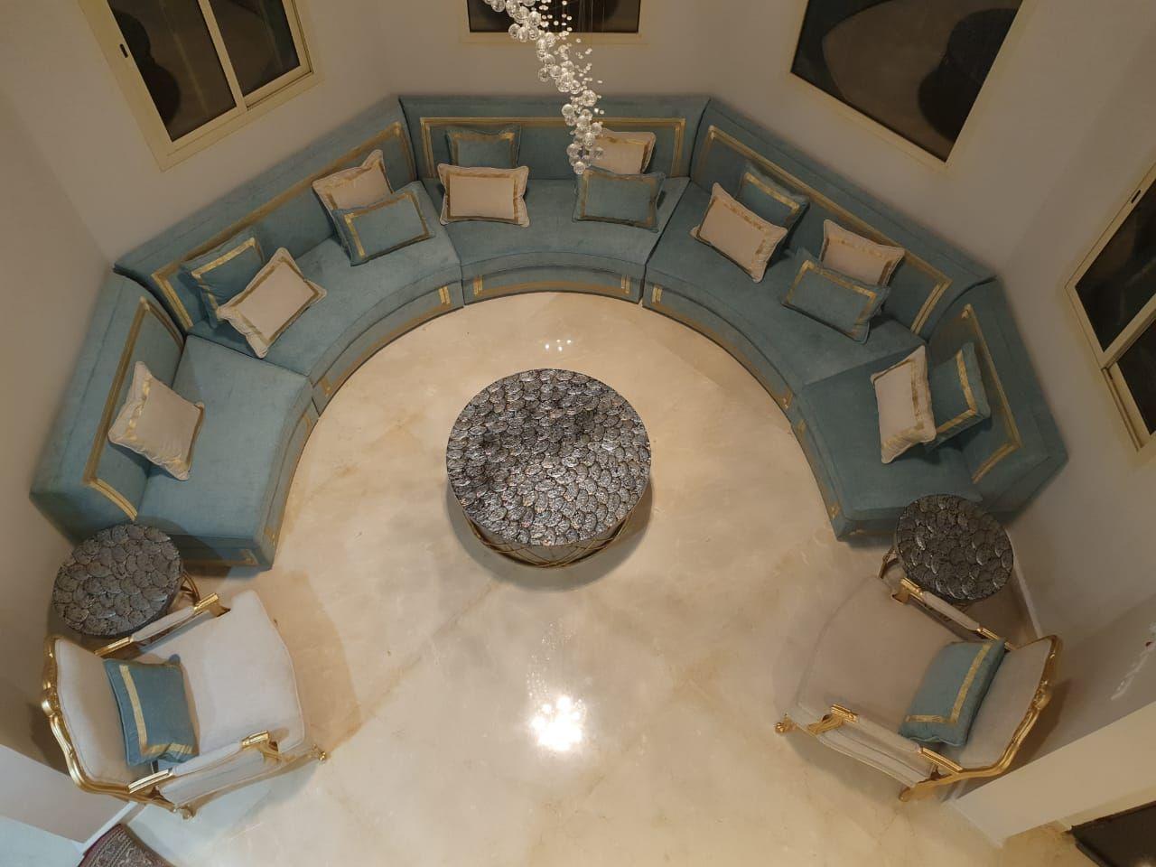 كنب دائري روعة من تصميم وتنفيذ جلستي المطرزة Home Decor Decor Home