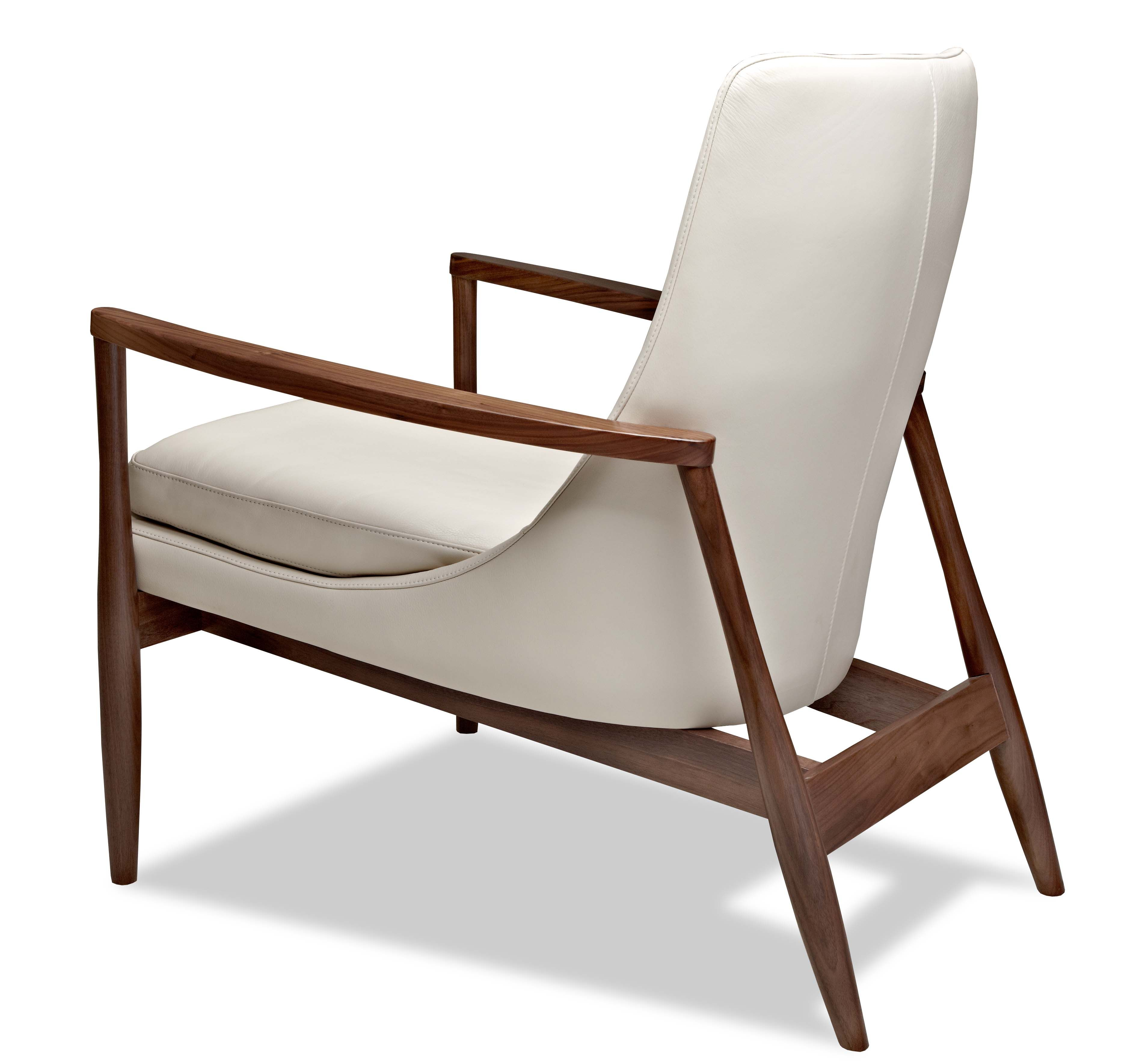 A Beautiful Chair By American Leather. Love The Oval Curvature Of The Arms  And The